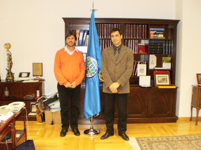 Reunião com o diretor executivo do COI Jean-Luis Barjole e seu diretor administrativo em Madri