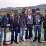 Luiz com angolanos e moçambicanos  -Evento em Anciãoes de Carrazeta
